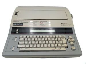 Smith Corona Xd 7800 Word Processing Typewriter And Dictionary With Extra Letter