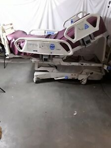 Hill rom Totalcare Sport 2 Hospital Bed P1900 With Air Mattress Patience Assist