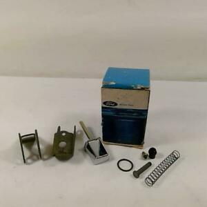 69 70 71 Torino Nos Ford C6oz 6222454 B 66 67 68 Fairlane Handle Button Pin Kit