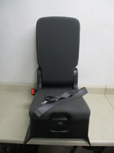 New 17 18 Silverado Sierra Front Center Jump Seat Center Console Armrest Oem