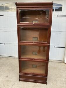 Rare Globe Wernicke 3 4 Mahogany 598 1 2 Bookcase With Beveled Glass