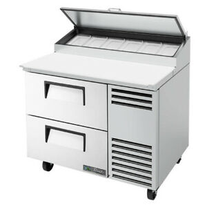 True Tpp at 44d 2 hc 44 Pizza Prep Table Refrigerated Counter