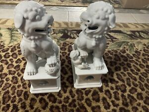 Porcelain Pair Foo Dogs Fu Dogs Statues Lion Fengshui Door God White