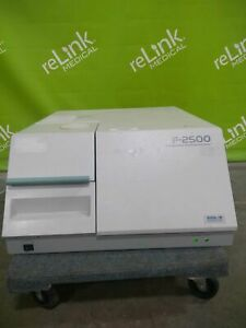 Hitachi F 2500 Digilab Fluorescence Spectrophotometer
