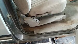 1993 Chevy Suburban 1500 Rh 2nd Row Seat Outer Bottom Trim Gray 85442 Oem