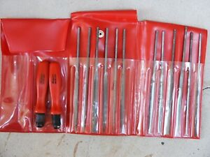 Lot 12 Small Swiss Files With 2 Snap on Hf 611 File Handles In Snap on Case