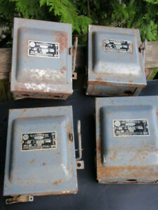4 Vintage Wadsworth Electrical On off Fuse Boxes Circuit Breaker 30 Amp 3 Pole