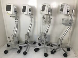 Spacelabs Ultraview Sl Monitor On Rolling Stand Lot Of 4