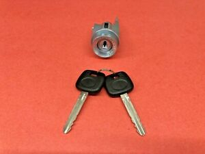 1998 2002 Toyota Corolla Ignition Lock Cylinder Switch 2 Keys New Il231