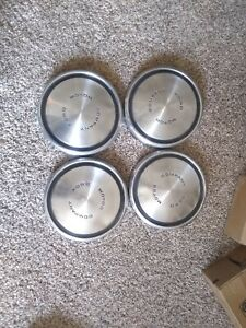 Vintage Ford Motor Company Dog Dish Poverty Hubcaps 10 1 2 Set Of 4