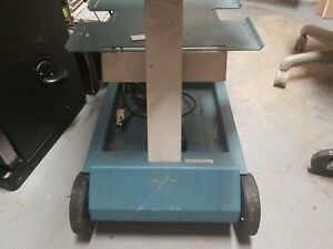 Tektronix K212 12 Portable Instrument Cart