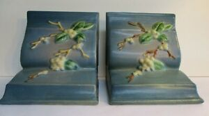 Roseville Snowberry 1BE Bookends Excellent Condition