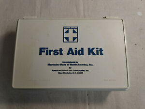 Mercedes 450sl 450slc R107 W116 W123 First Aid Kit White blue Box