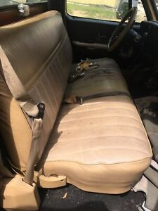 1973 1987 Chevy Gmc C k Series 1986 Used Tan Bench Seat No Shipping