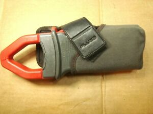 Fluke 33 True Rms Amp Clamp Meter With Case And Belt Clip