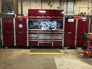 Snap On Epiq Cranberry Tool Box And Side Cabinets