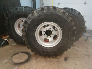 38 Super Swamper Boggers Mounted On 16 5 X 11 5 Slotted Aluminum 8 Lug Mags Rim