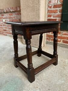 Antique English Oak Stool Pegged Joint Side End Table 20th Century