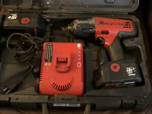 Snap On 1 2 Inch Cordless Impact Driver With Two Batteries And Charger