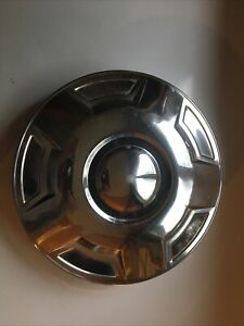 1993 Ford 3 4 Ton 2 Wheel Drive Front Dog Dish Hub Cap