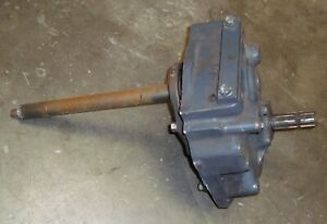 Kubota M108 Rear Pto Gearbox Assembly W Upper Lower Shafts used