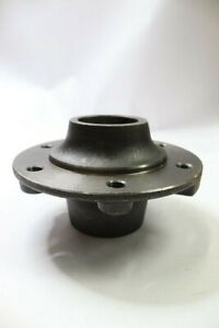 Hub W cups 6 bolt Jd Disc Cultivator 982 183318