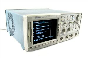 Tektronix Tds540a 4 Channel Digitizing Oscilloscope 500mhz 1gs s options 1f 1m