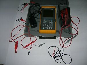 Fluke 97 2 Channel 50mhz Handheld Digital Oscilloscope W case And Cables S1