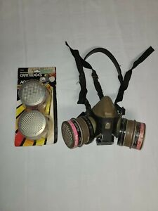 Ao Safety 50302 Size Medium Respirator Mask W 2 New Replacement Filters