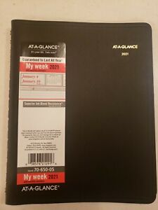 Nwot 2021 At a glance 70 650 Weekly Day Planner 7 X 8 3 4