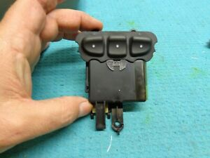 Chevrolet Trailblazer 02 03 04 05 06 07 08 09 Homelink Garage Door Module Switch