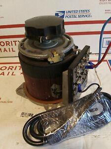 Type 1010 Staco Energy Products Variable Autotransformer