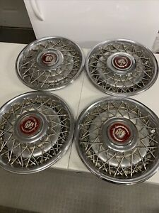 Cadillac 1988 1992 Wire Spoke Hubcaps 2049 Type B 10194313