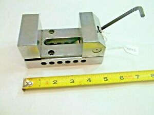 Vise Made By Toolmaker 2 1 2 Wide X 2 5 16 Tall Opens To 2 1 2 Usa