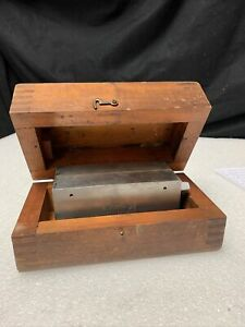 Brown Sharpe Model 760 Permanent Magnet Magnetic Chuck ctam 6320 G715