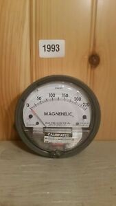 Dwyer Magnehelic Differential Pressure Gage 0 250 Pascals No 2000 250 100kpa