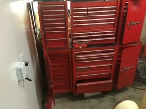 Snap On Tool Box With Lots Of Tools