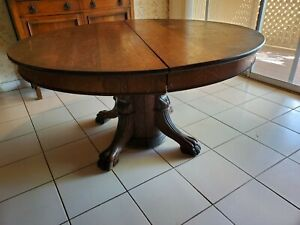 Antique Oak Dining Table With 5 Chairs