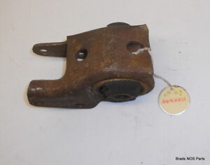 Nos Mopar 1973 1976 Plymouth Dodge 318 340 360 Lh Engine Mount 3642811 3642819