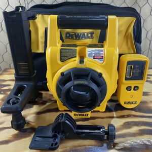 Dewalt Dw074 Interior Exterior Self Leveling Rotary Laser With Acc Very Clean