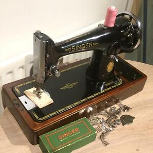 Beautiful Vintage Singer 201 201k4 Hand Crank Sewing Machine With Attachments