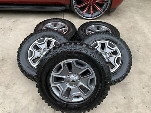 2015 Jeep Wrangler Rubicon Oem Wheels And Tires In Good Conditions
