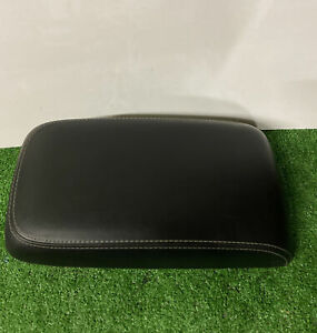 11 17 Chrysler 300 Dodge Charger Console Lid Arm Rest Armrest Black