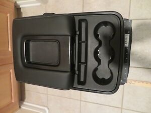 Chevy Silverado Front Middle Seat Center Console With Out Usb And Power Connect
