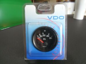 Vdo Oil Temperature Gauge 300 Degrees 2 1 16 Diameter
