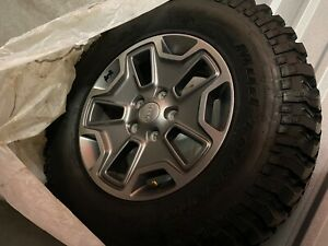 Jeep Rubicon 5 17in Rims And 255 75 17 Mud terrain Tires