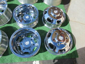 4 Mercedes Sprinter 3500 Dually 16 Chrome Wheels Rims Almost New Aftermarket