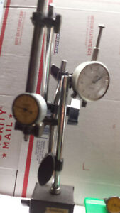 Magnetic Base W 3 Dial Indicators Clamps And Rods