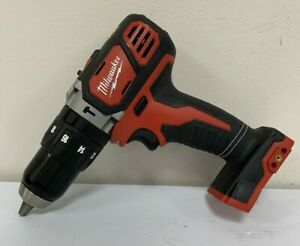 Pre Owned Milwaukee 2607 20 M18 18v 1 2 In Cordless Hammer Drill csc028784