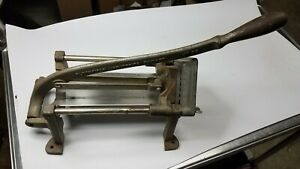 Bloomfield Industries No 29 Cast Iron Wall Mount French Fry Press Cutter